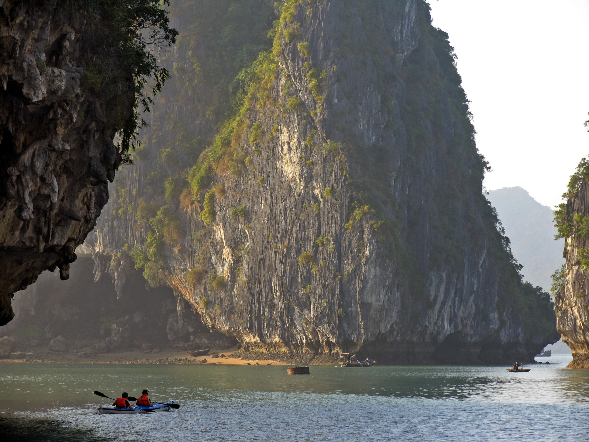 Amazing deal: Vietnam, from Hanoi to Halong Bay, for $1,799, including airfare and hotel