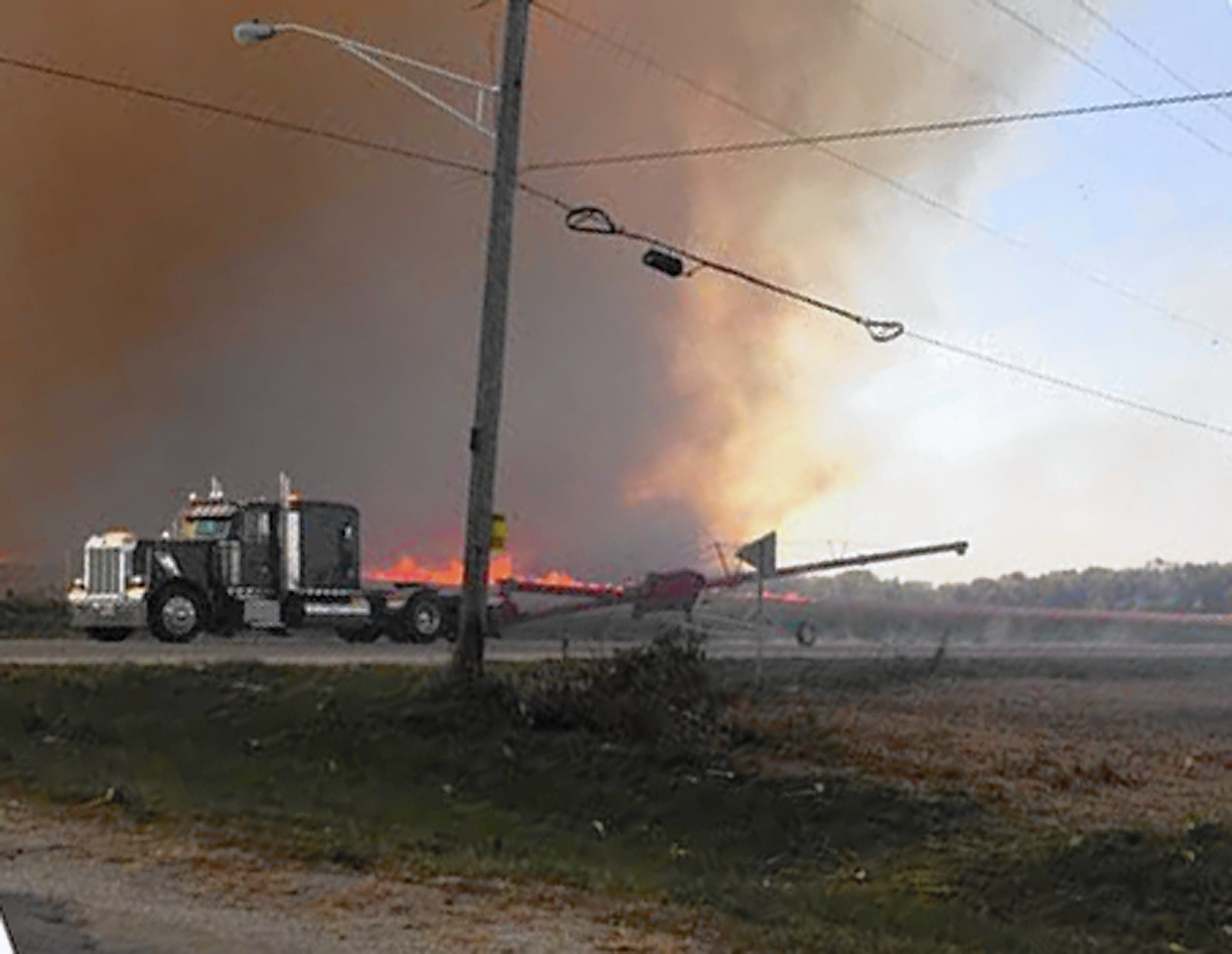 Illinois will county manhattan - Will County Residents Relieved After Raging Cornfields Fire Daily Southtown