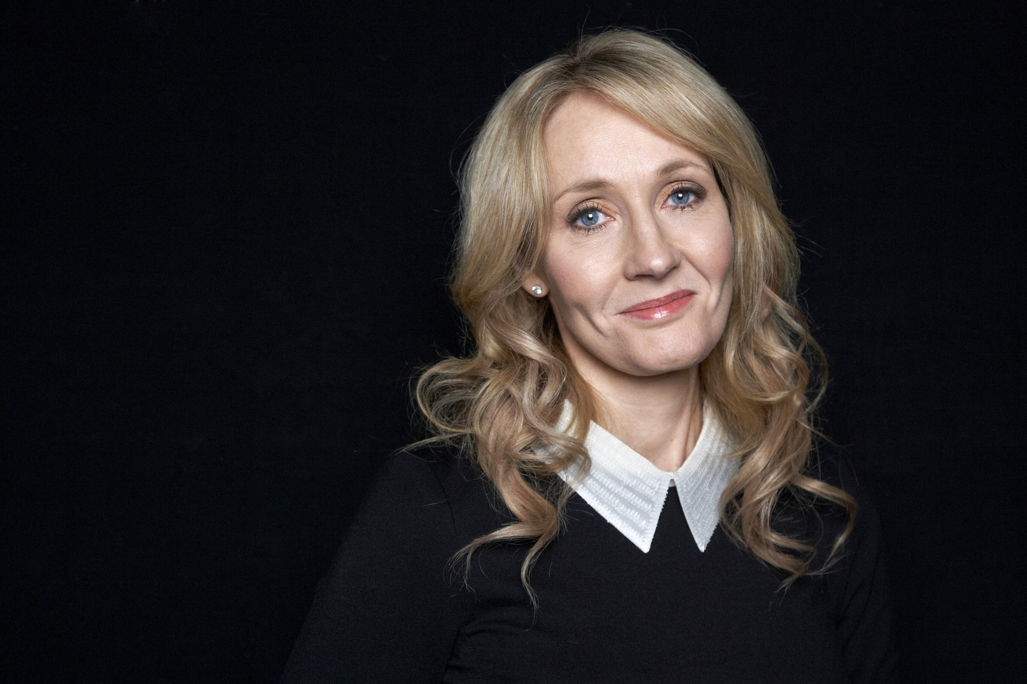 j k rowling reveals her favorite harry potter chapter and j k rowling reveals her favorite harry potter chapter and it s a weeper la times