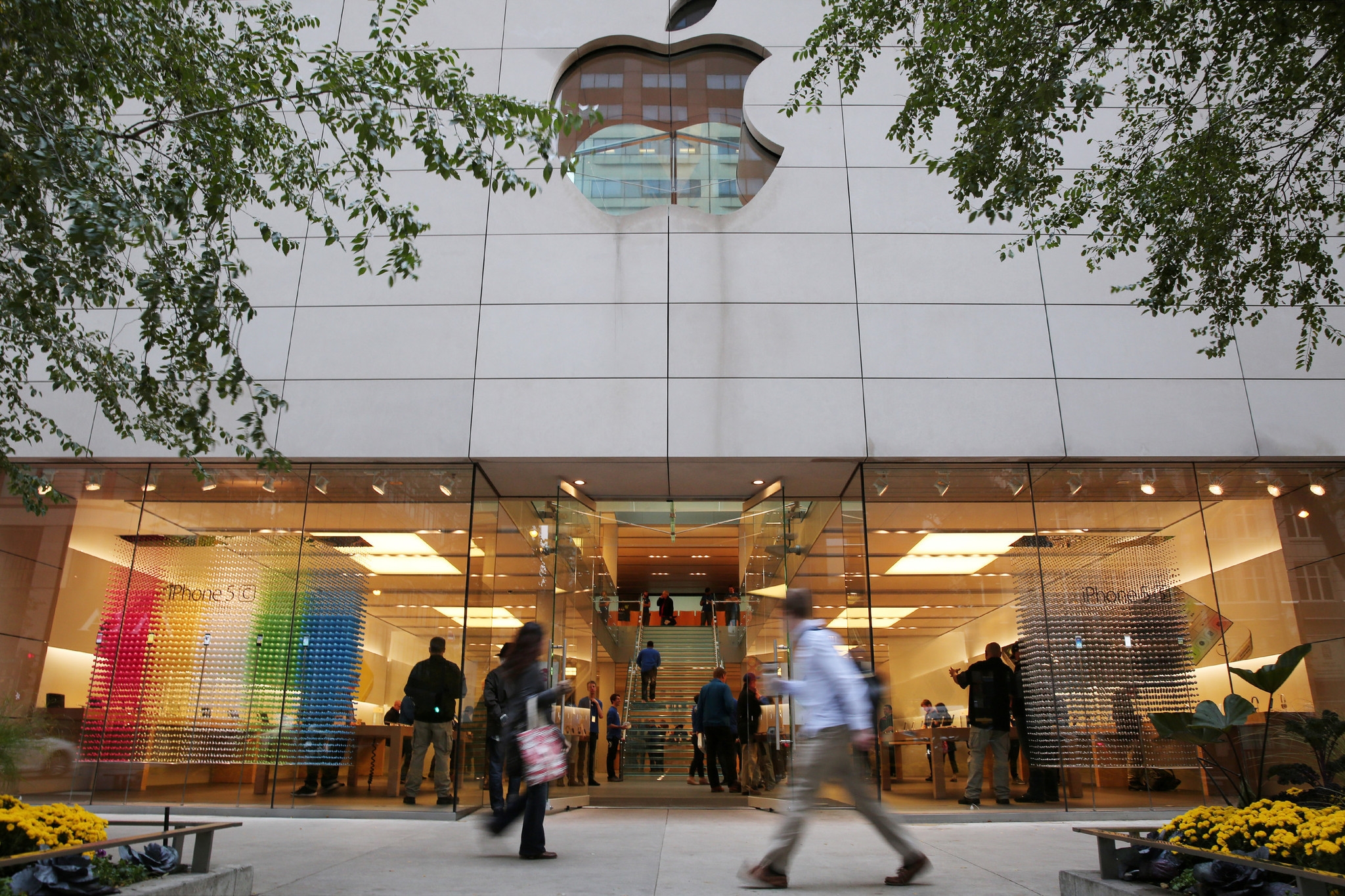 The Apple Store is now just Apple, and all retailers could learn from that