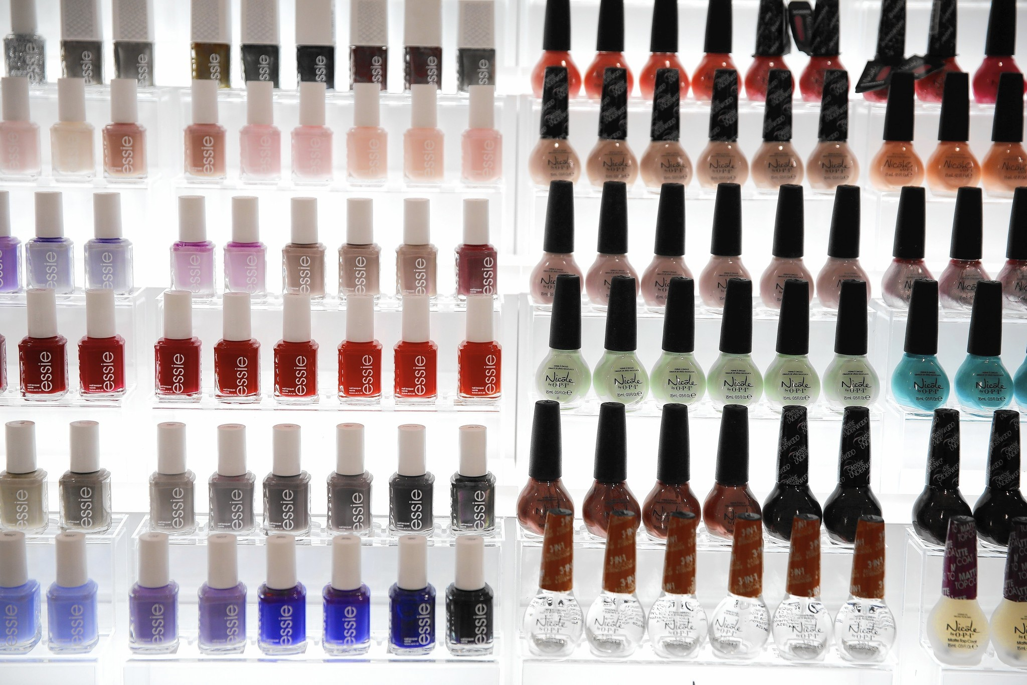 Triphenyl phosphate, found in 'eco-friendly' nail polish, spurs worries