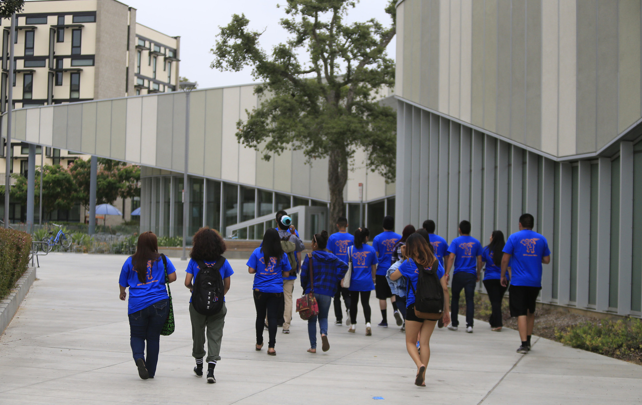 Incoming freshmen tour the dorms at California State University Fullerton last year. (Mark Boster / Los Angeles Times)