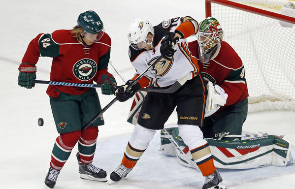 Wild Shuts Out Ducks, 3-0