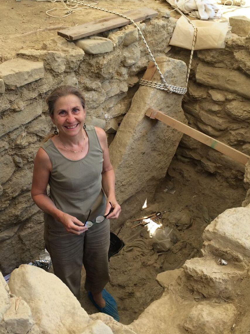 Here's what archaeologists found in a warrior's grave that's been untouched for 3,500 years