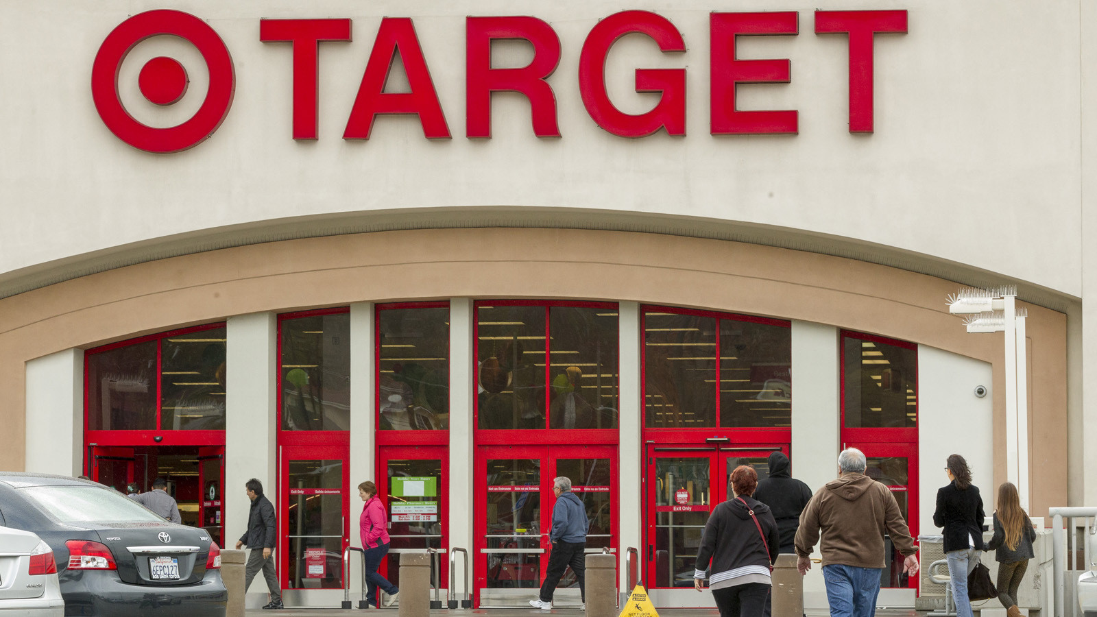La Fi Target Stores 20151027 Story on toys r us store locations in pa
