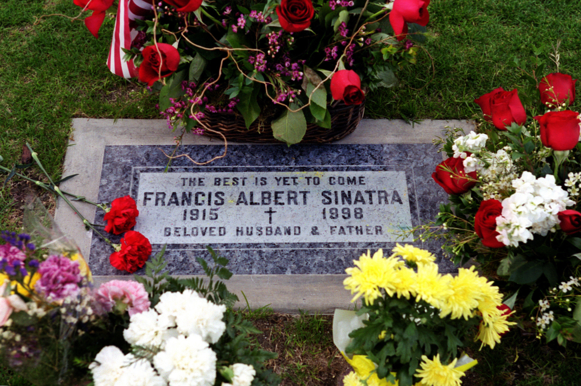 Still missing frank sinatra 5 ways to celebrate his 100th birthday 5 visit his grave mightylinksfo