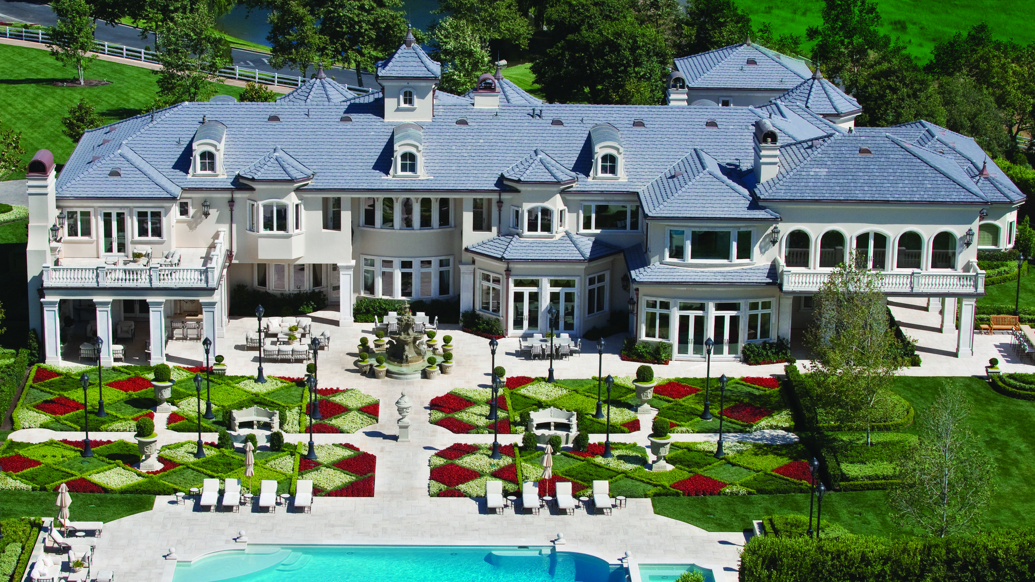 Home of the day a french formal estate in thousand oaks for The tuxedo house