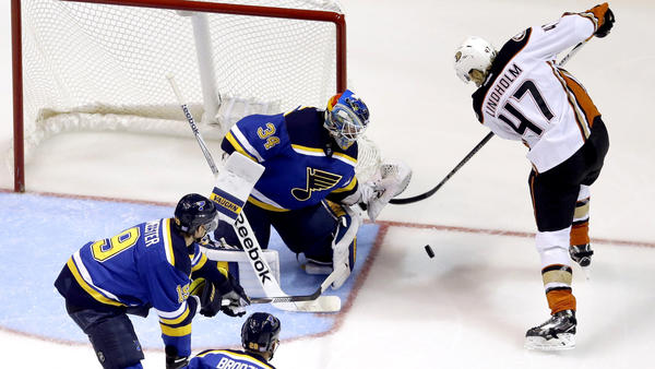 Ducks Fall To St. Louis Blues, 2-1, Finish Trip Without A Win