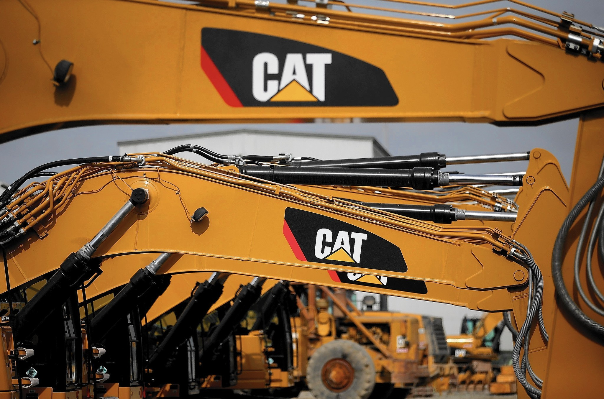 Caterpillar ordered to pay $73.6M to tiny British firm for stealing design