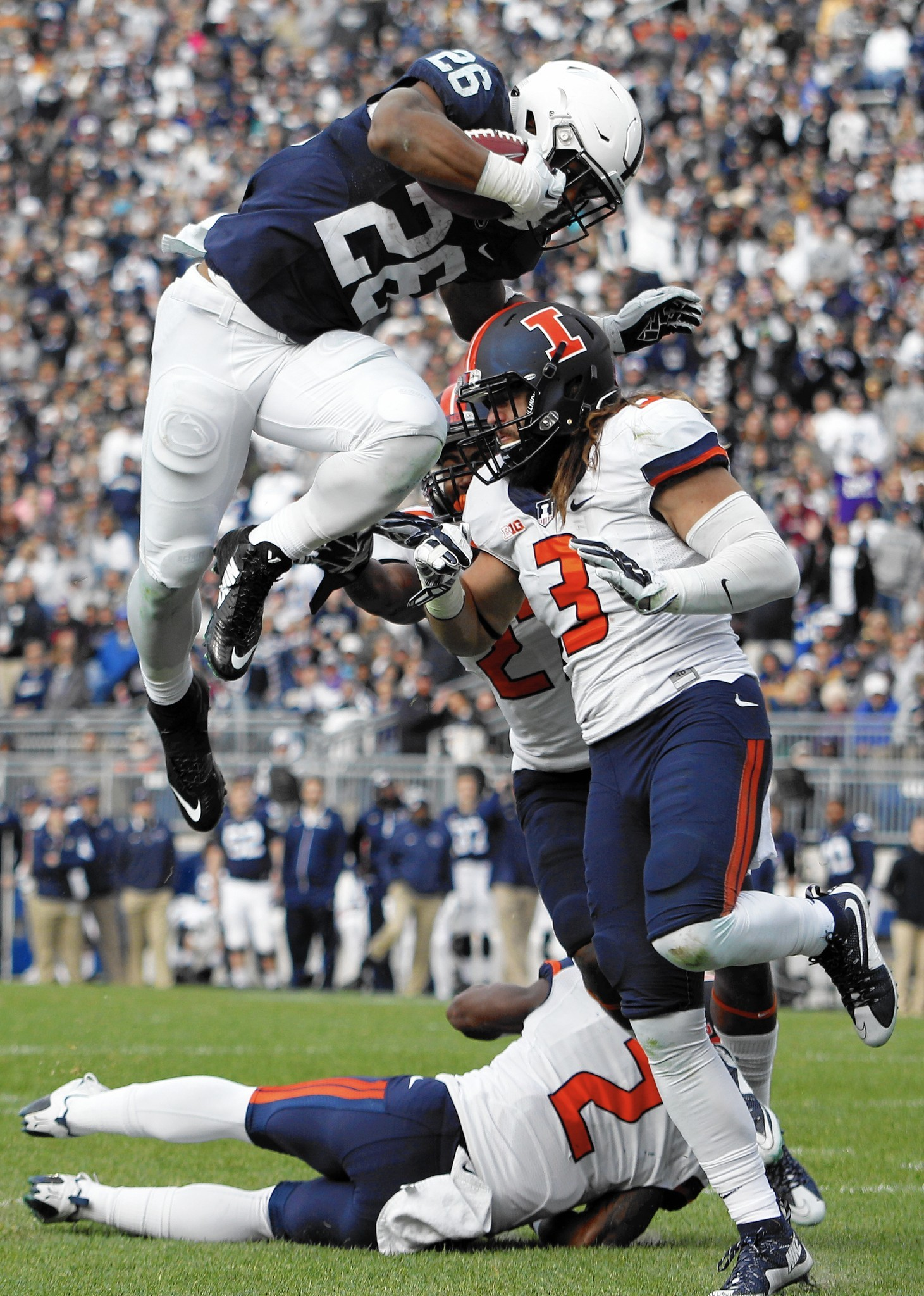 Penn State running back Saquon Barkley leaps to another ...