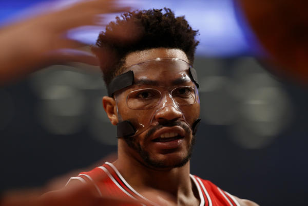 f5751b640527 Derrick wears a protective face mask after sustaining a left orbital  fracture. (Getty Images)