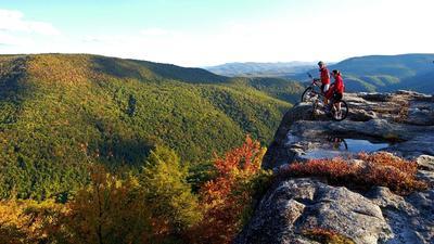 25 spots for fall leaf-peeping