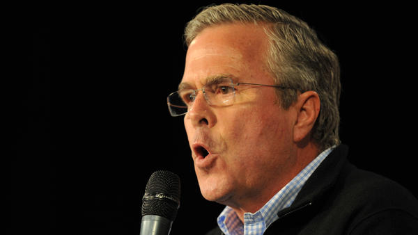 Republican presidential candidate Jeb Bush campaigns in Iowa on Saturday. (Steve Pope / Getty Images)