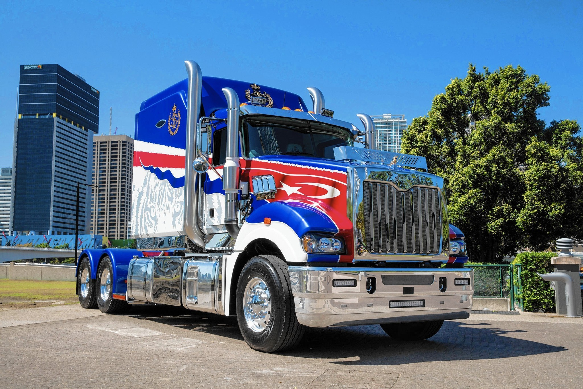 Big Valley Ford >> The world's most luxurious rig is a Mack - Lehigh Valley Business Cycle