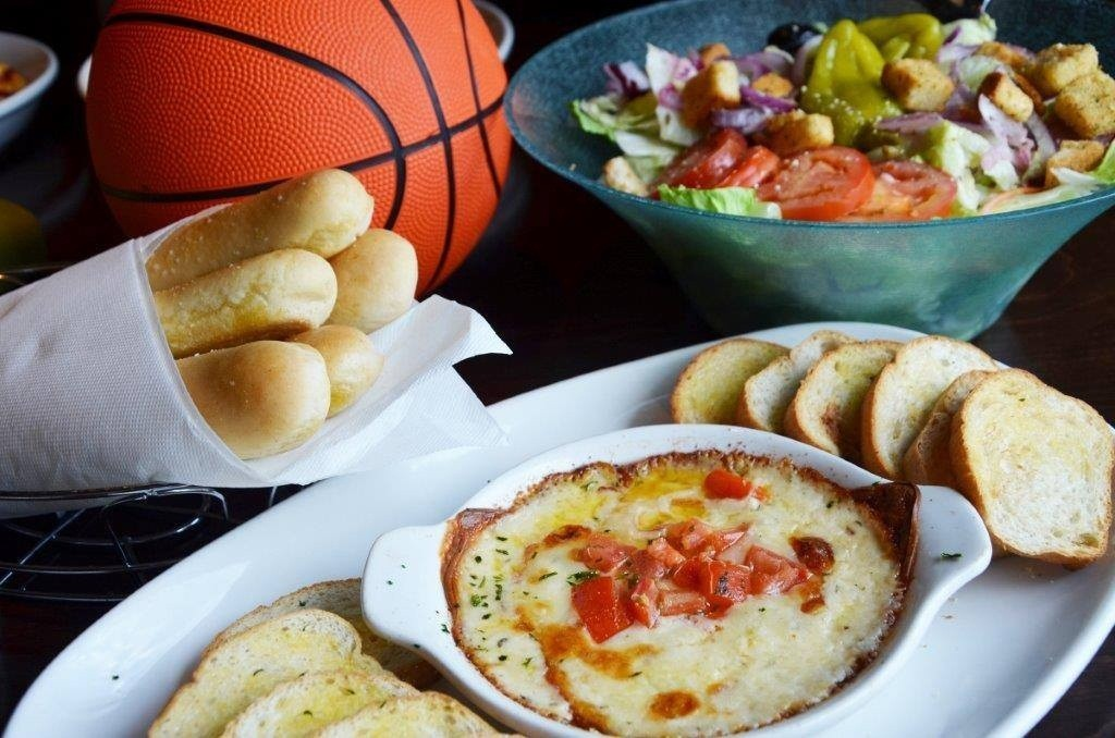 Dine At Any Olive Garden Tonight To Support Local High Schools Orlando Sentinel