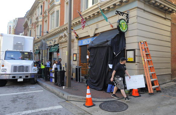 """<p>Mick O'Shea's Irish Pub gets a makeover for its role as a -- guess what -- bar in """"House of Cards.""""</p>"""