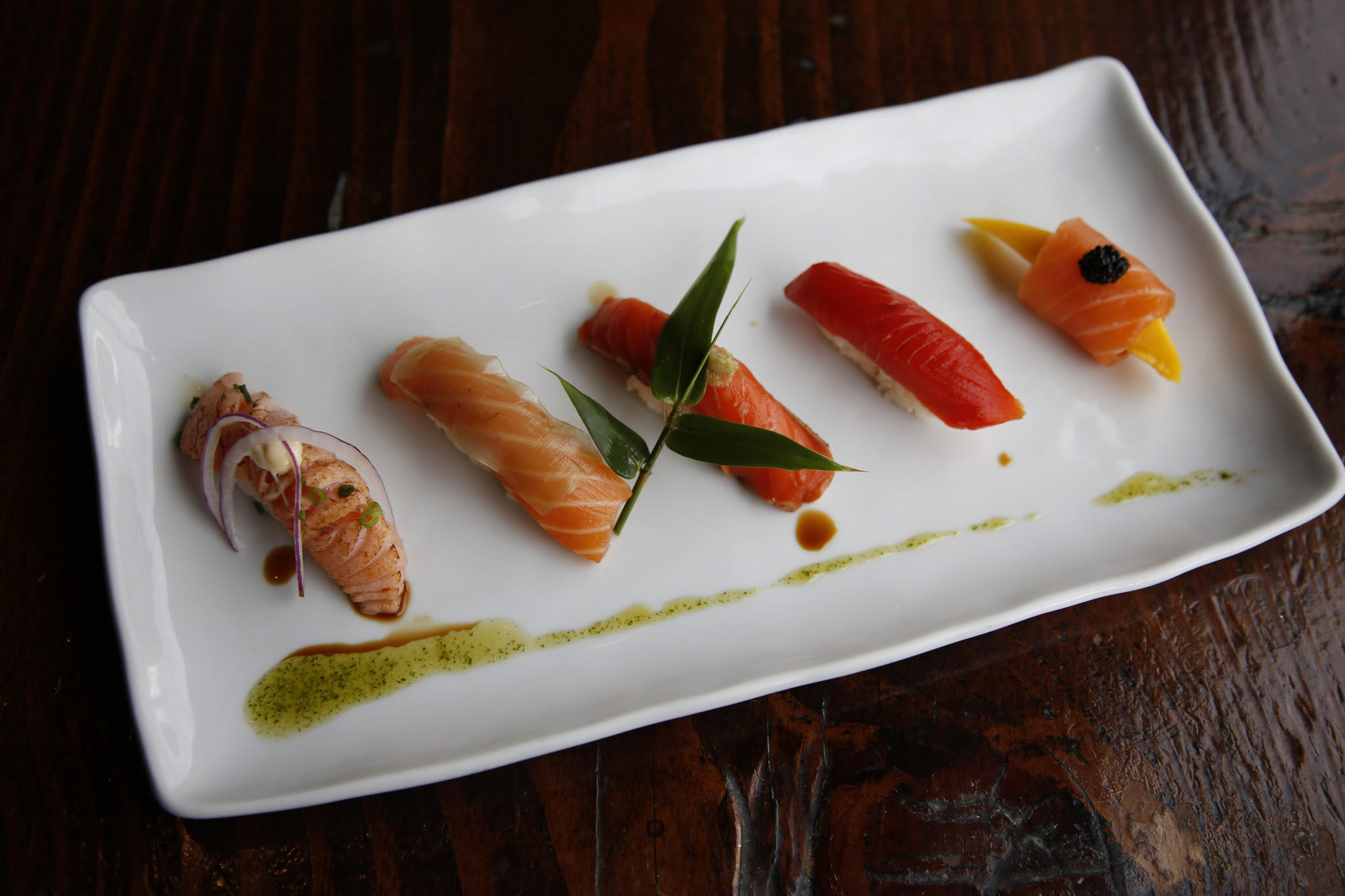 Jonathan gold 39 s 101 best restaurants 2015 where to get for Food bar 2015