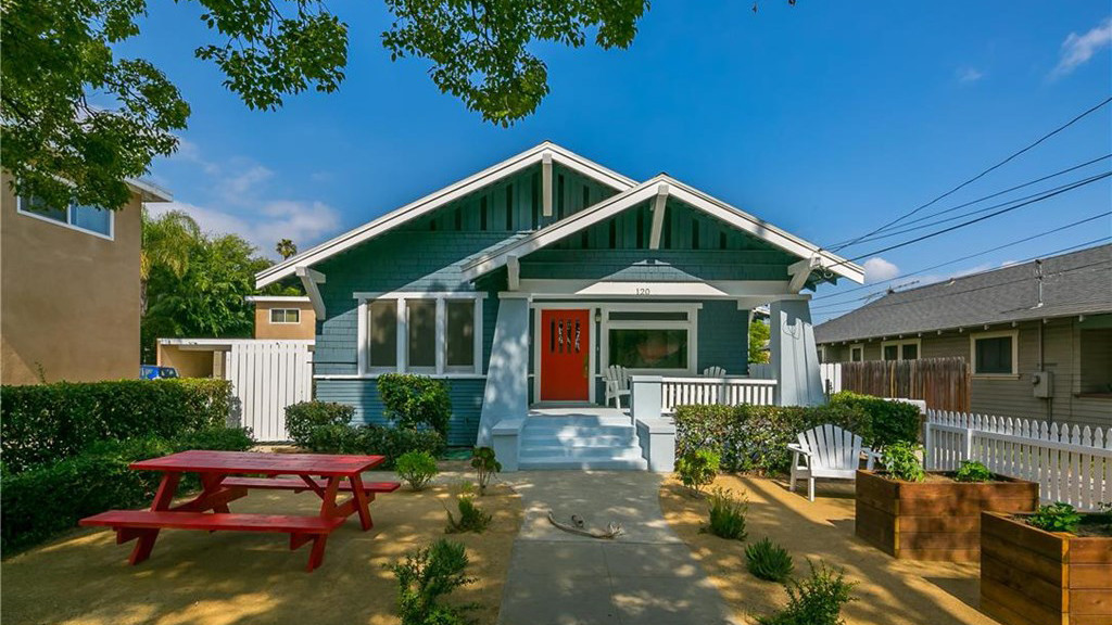 Craftsman homes around los angeles for less than 750 000 for Craftsman style homes for sale in california