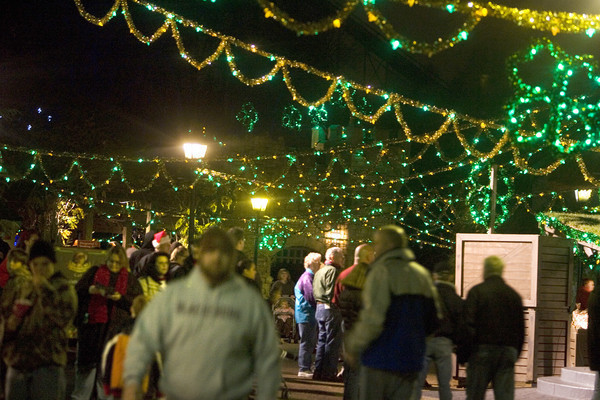 Look Back: Christmas Town at Busch Gardens in Williamsburg - Daily Press