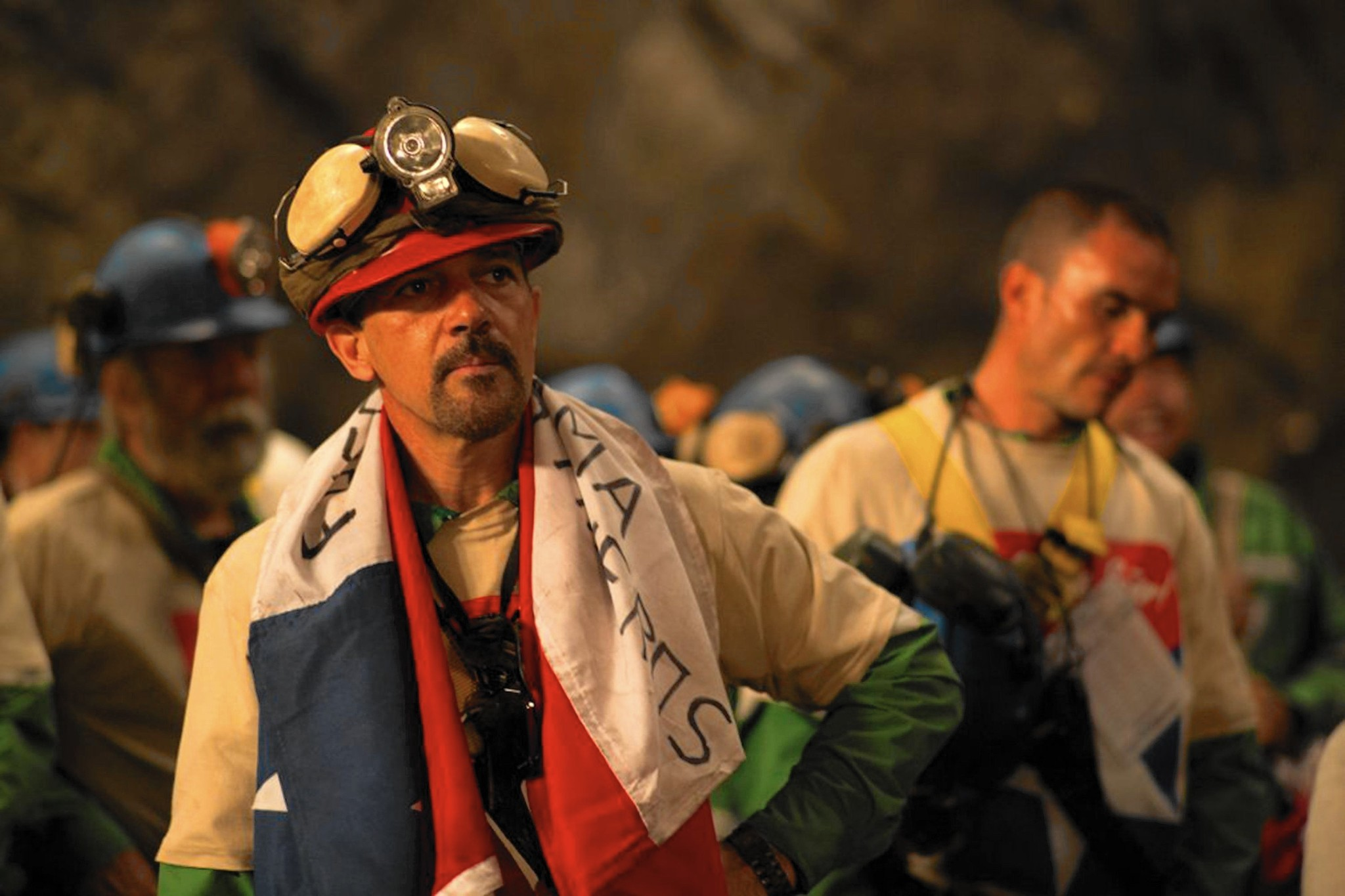 'The 33' review: Antonio Banderas leads cast of trapped Chilean miners