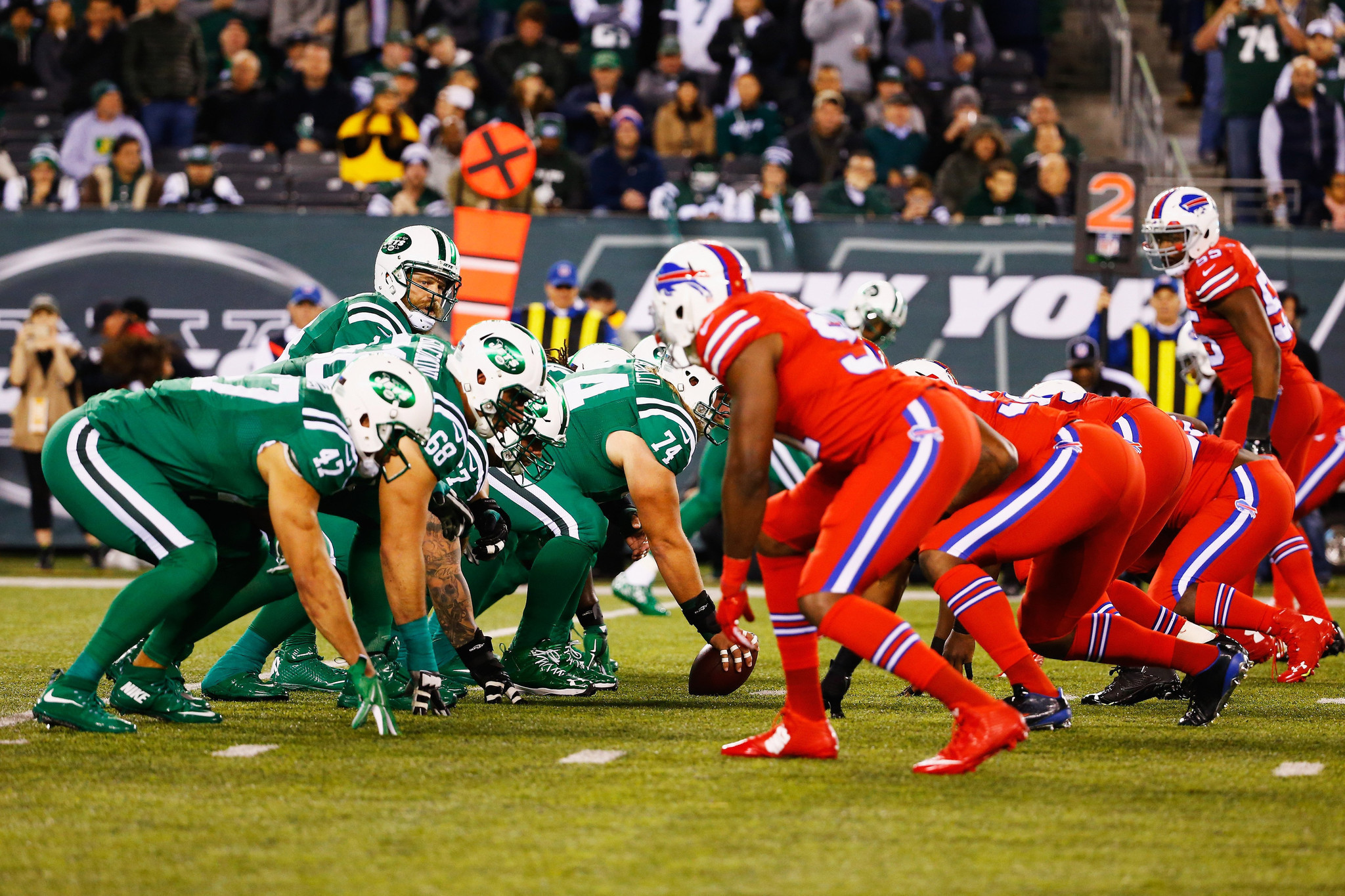 http://www.trbimg.com/img-56460c1c/turbine/la-sp-sn-jets-bills-uniforms-colorblind-viewers-20151113