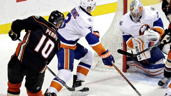 Ducks Don't Have Much Fun In 4-1 Loss To Islanders