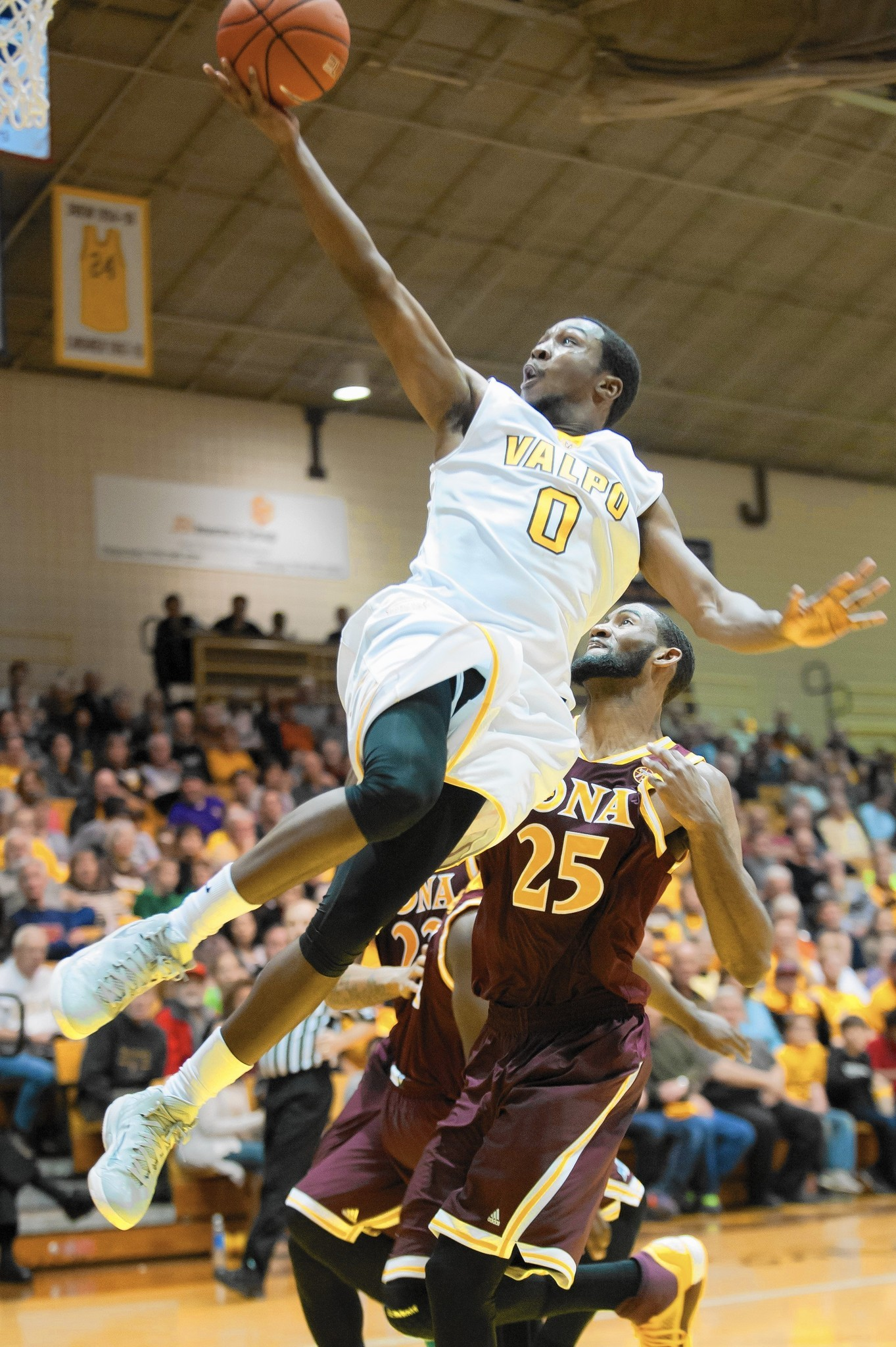 iona college mens basketball: