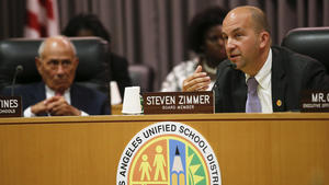 L.A. Unified explores possibility of becoming an all-charter district