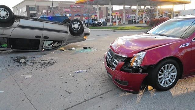 Chicago driver cited after Evanston rolr crash - Evanston Review