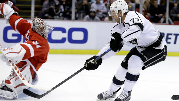 Kopitar And Carter Pull Double Shifts In Kings' 3-2 Loss To Detroit