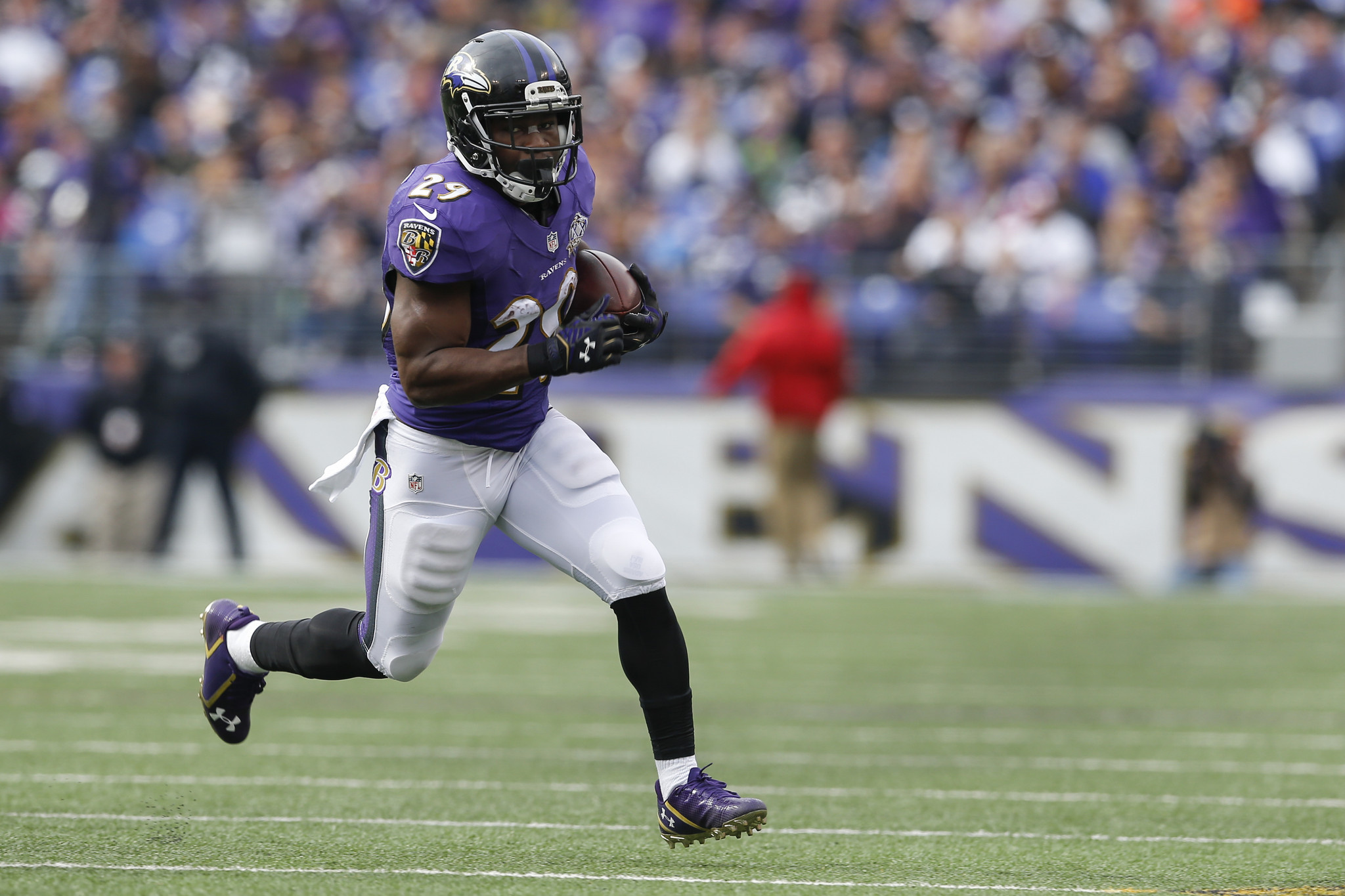 Baltimore Ravens: A Look at Running Back Alex Collins