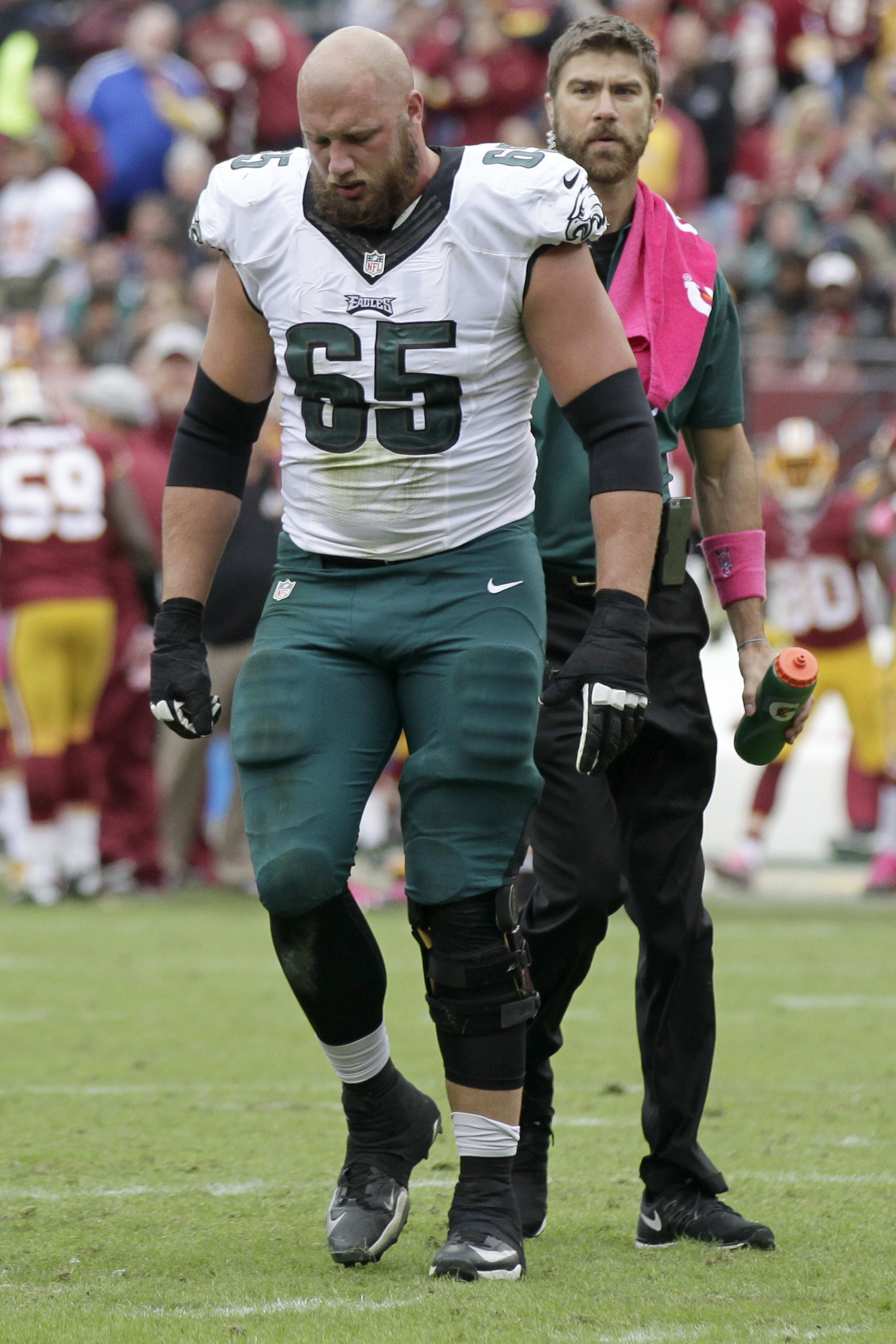 Eagles T Lane Johnson does damage control after statement offends