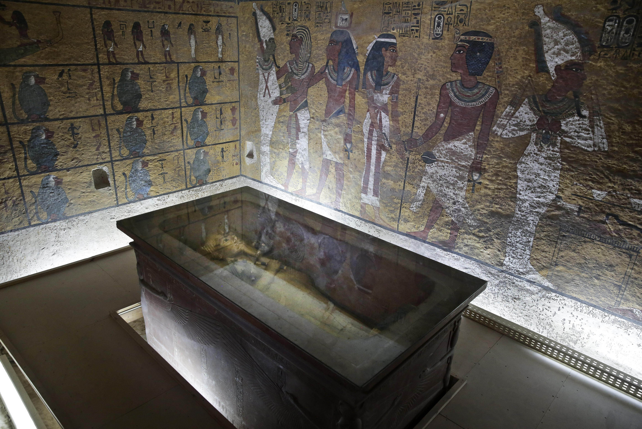 Egypt Says 90 Percent Chance Of Hidden Rooms In King Tut S
