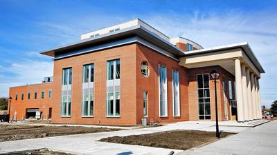 Hampton shows off new courthouse as building nears completion
