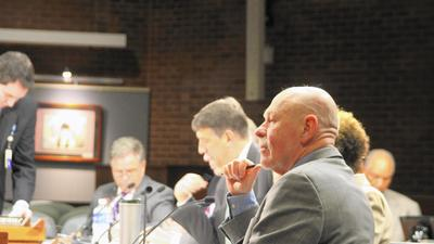 Parents, administrators disagree on electing school board by district