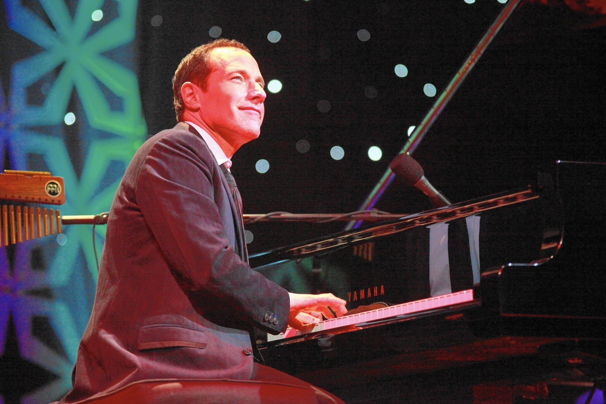Pianist Jim Brickman Loves Playing Christmas Songs, Despite Being ...