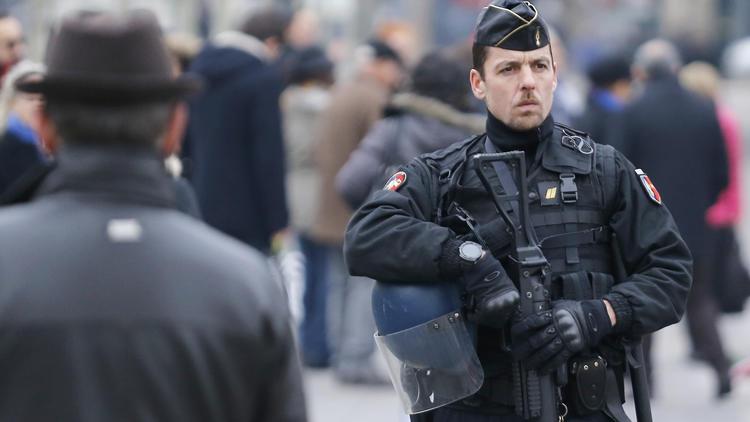 Paris police patrol
