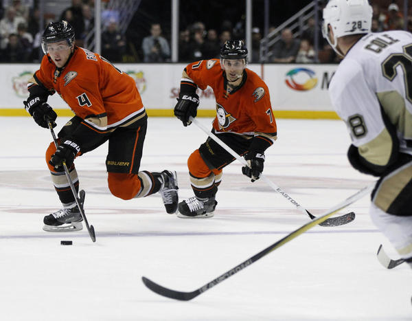Defense Helps The Ducks Top Pittsburgh, 2-1, For Their Second Straight Win