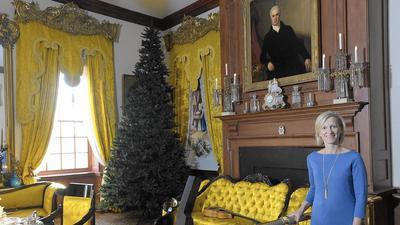 Hampton Mansion puts descendant of original owners in the Christmas spirit