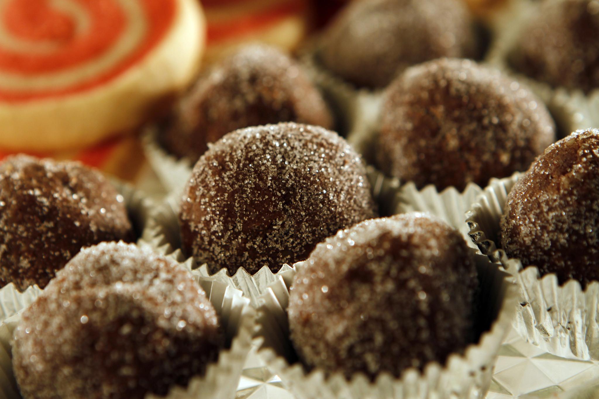 Holiday cookie recipe: Bourbon balls - LA Times