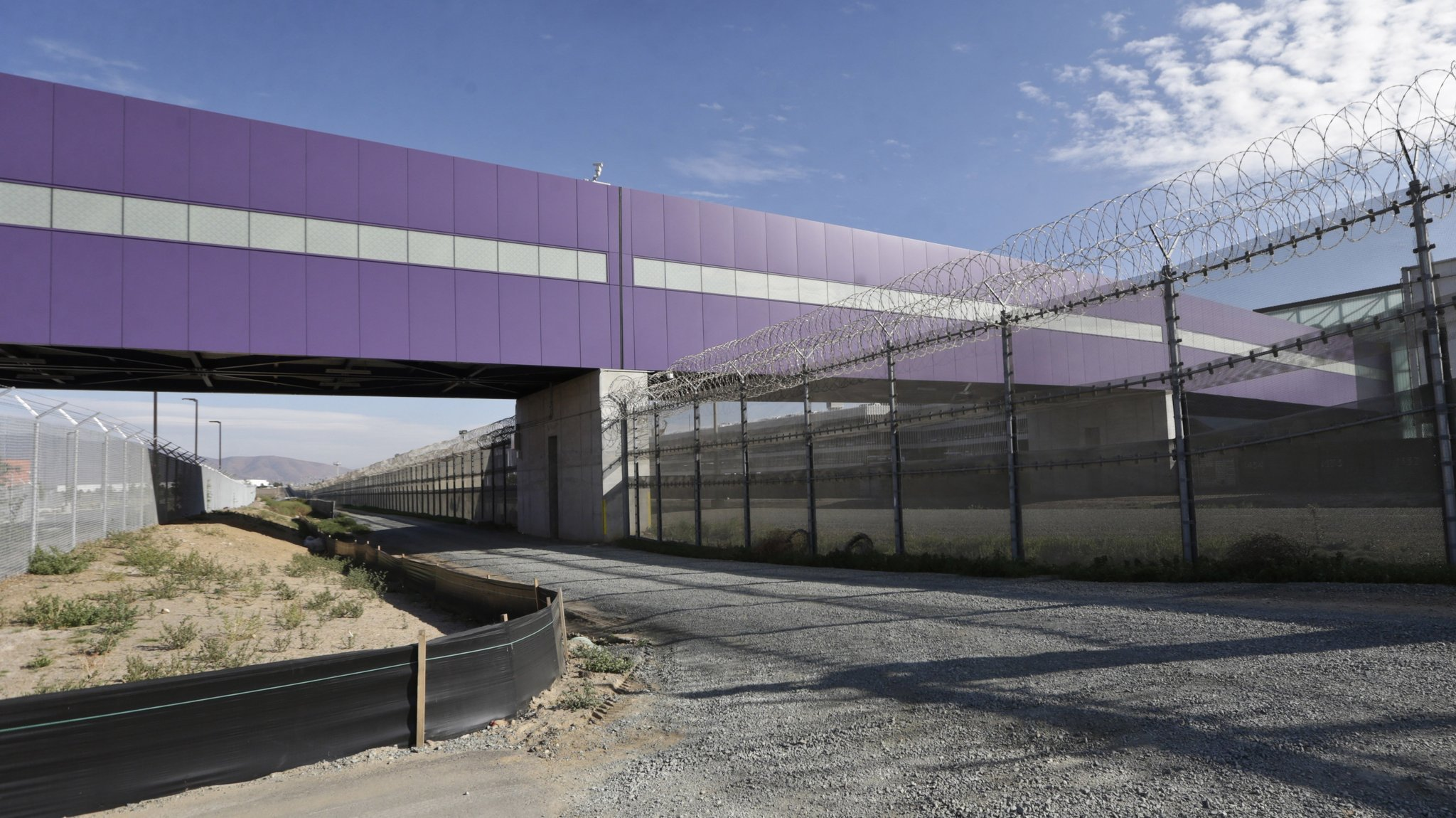 $120million Bridge Allows You To Walk Directly From San Diego Into  Tijuana's Airport  La Times
