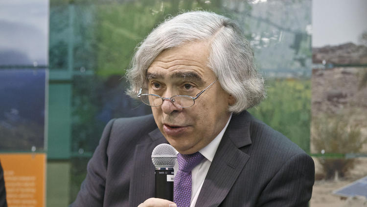 At the climate summit in Paris, U.S. Energy Secretary Ernest J. Moniz has focused on the promise of new energy technology to persuade nations to adopt ambitious targets for reducing carbon emissions. (Michel Euler / Associated Press)