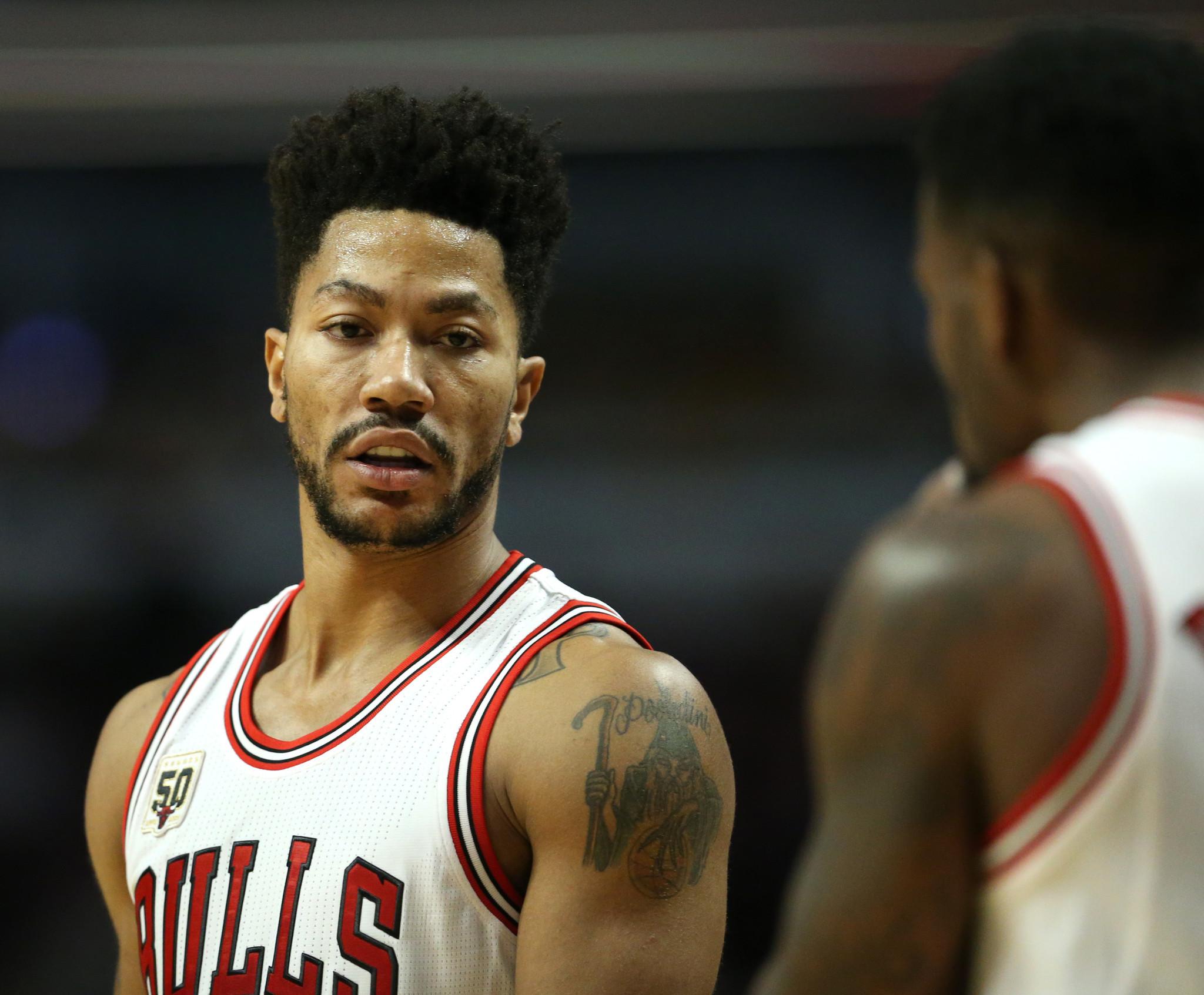 No Masking Derrick Rose S Effort For Bulls Chicago Tribune