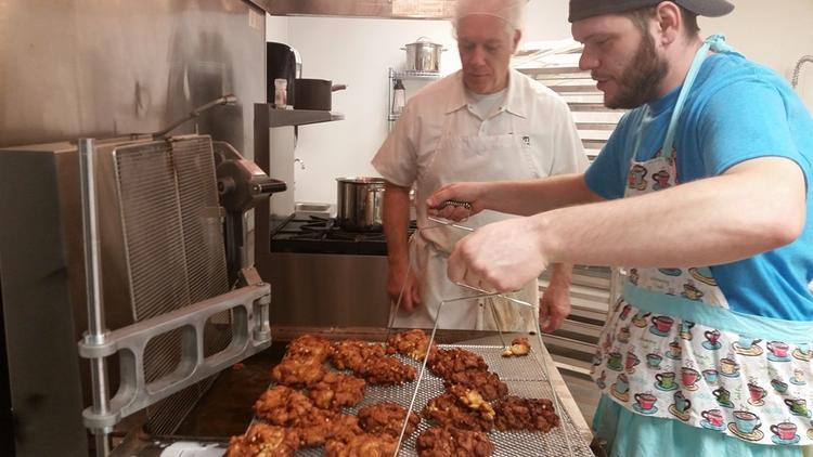 Glazed Doughnuts opens in Hampton Friday