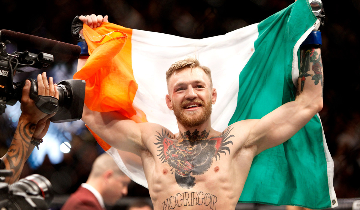 Conor Mcgregor Aspires To Be Ufc Chion In Two Divisions At The Same Time La Times