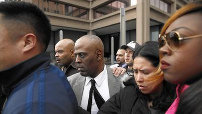 Judge acquits Chicago police commander of abuse charge despite DNA evidence