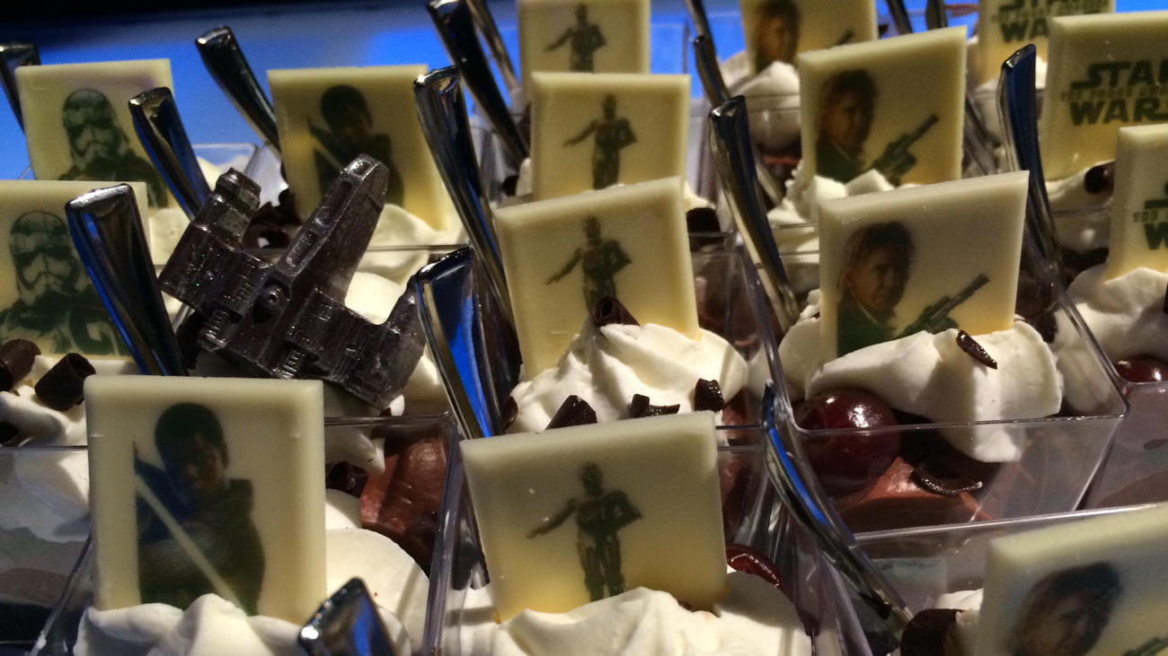 Finn, C-3PO and Han Solo on pudding. Because it's Hollywood. (Meredith Woerner / Los Angeles Times)