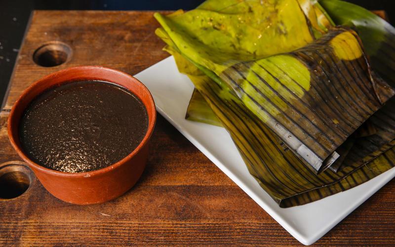 Mole tamales
