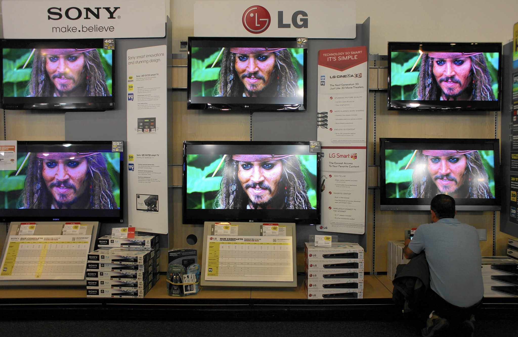 Old TVs overwhelm Chicagoland thrift stores, recycling centers