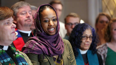 Suspended Wheaton College professor seeks reconciliation with leaders